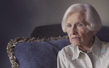 Πήραν το δίπλωμα από 98χρονη οδηγό, όμως αυτό δεν τη σταμάτησε!