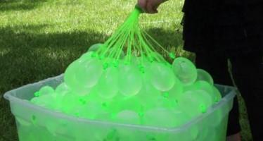 Πως να κάνεις 100 νερόφουσκες σε 1 λεπτό!