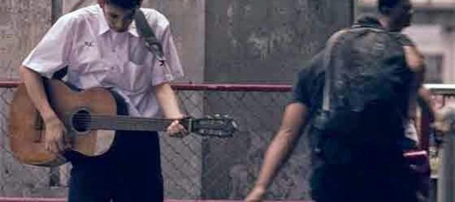 Συγκινητικό video: Οι συμμαθητές του τον κορόιδευαν μέχρι που…