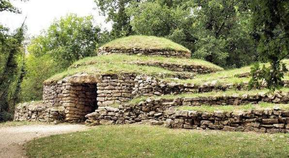 Tumulus of Bougon