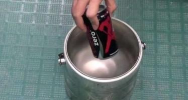 Τι θα γίνει αν βάλεις μια coca cola σε υγρό άζωτο;