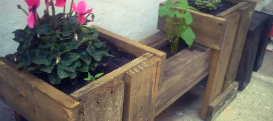 Πως να φτιάξεις ξύλινες γλάστρες από παλέτες για φυτά!
