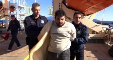 Λιμενικοί στη Σάμο ανάγκασαν Τούρκο δουλέμπορο να δει τα πτώματα τριών παιδιών!