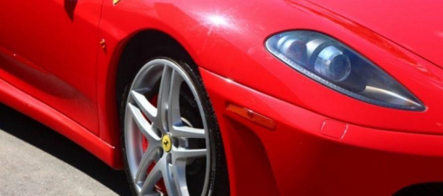 15χρονος γύρισε σπίτι με Ferrari την οποία αγόρασε 15$!