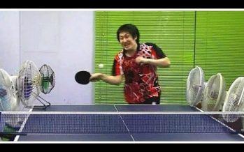 Ιάπωνας παίκτης του πινγκ πονγκ τρελαίνει τους πάντες με τα κόλπα του!