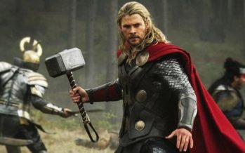 5 Ηθοποιοί που έκλεψαν γνωστά αντικείμενα από ταινίες!