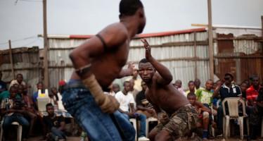 Αγώνες Dambe: Η πιο άγρια πολεμική τέχνη στη Νιγηρία (εικόνες)