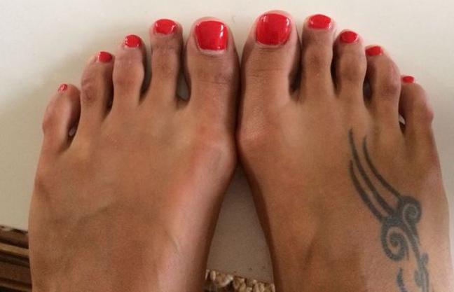 κόβουν τα δάχτυλα των ποδιών τους