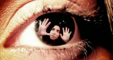 Έτσι νιώθει ένας άνθρωπος που πάσχει απο σχιζοφρένεια. [video]