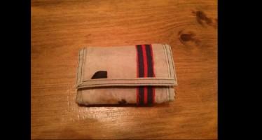 Το για 24 χρόνια χαμένο πορτοφόλι του επέστρεψε μυστηριωδώς..(εικόνες)
