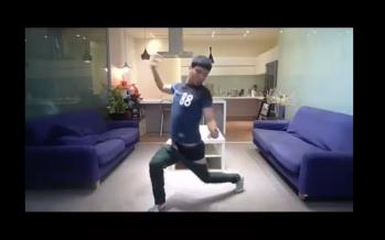 Εσύ μπορείς να βάλεις παντελόνι χωρίς χέρια; Αυτός μπορεί! (βίντεο)