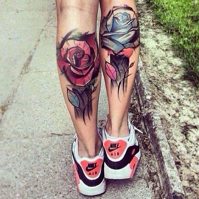 αντρικά και γυναικεία τατουάζ στη γάμπα Τα Τατουάζ στη γάμπα ακολουθούνται συνήθως από άντρες χωρίς αυτό να σημαίνει πως και οι γυναίκες μένουν απ' έξω.