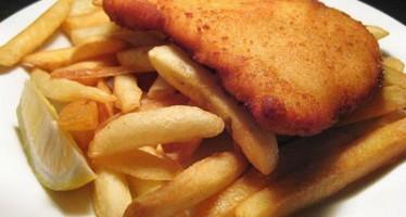 Συνταγή για Σνίτσελ κοτόπουλο με πατάτες!