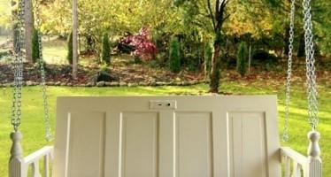 14 DIY ιδέες για έξυπνες κατασκευές από παλιές πόρτες!