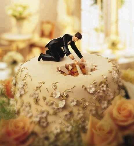 5738d8c76ed2 15 Πρωτότυπες και αστείες γαμήλιες τούρτες!