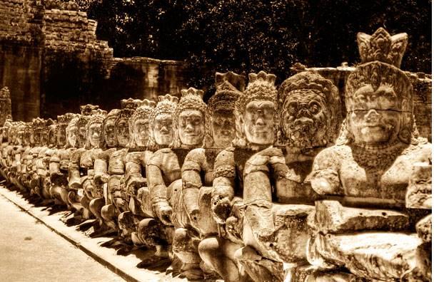 Angkor Wat aggouria.net