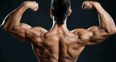 8 Tips γυμναστικής για πιο δυνατούς ώμους