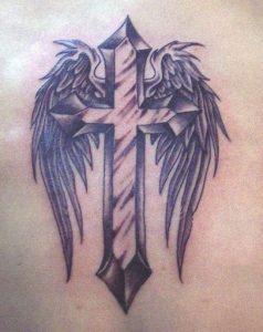 antrika tatouaz stauroi