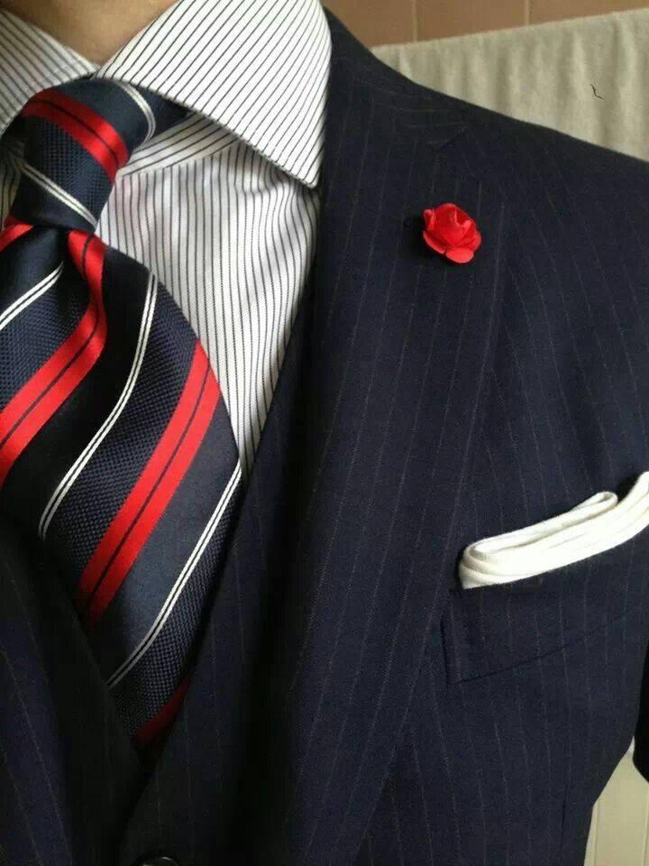 3cc2ad1f7339 Υπάρχουν πολλοί μοντέρνοι συνδυασμοί γραβάτας πουκάμισου