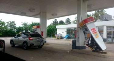 13 «Ξεκαρδιστικά» περιστατικά σε βενζινάδικο!