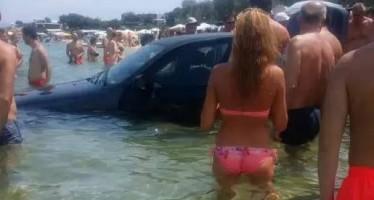 Χαλκιδική: Γυναίκα οδηγός έριξε την BMW στην θάλασσα καταλάθος!