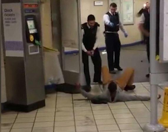 stathmos metro londinou tromokratis