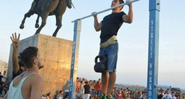 18χρονος από τη Θεσσαλονίκη έσπασε το ρεκόρ Γκίνες στις έλξεις!
