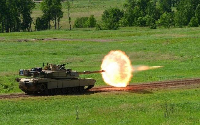 eikones tanks