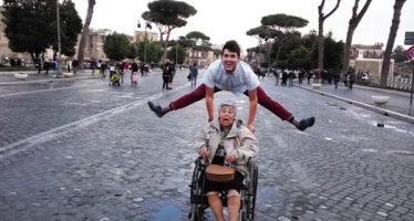 Αυτός είναι ο πιο τρελός Έλληνας εγγονός!