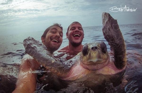 selfies thalassa xelona