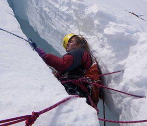 Mountain-Climbing-eglovismenos-anamesa-sta-xionia