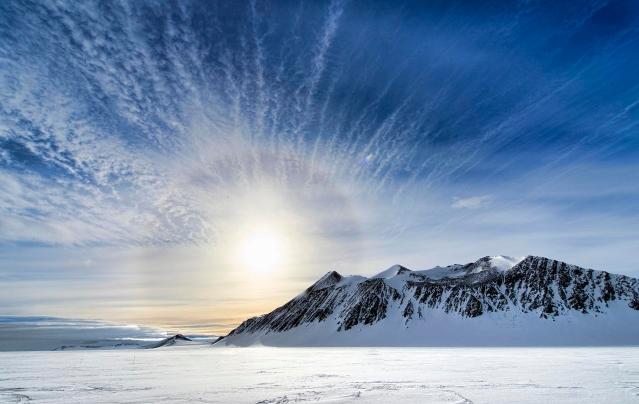 anemos antarktiki