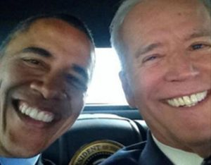 selfie obama me biden