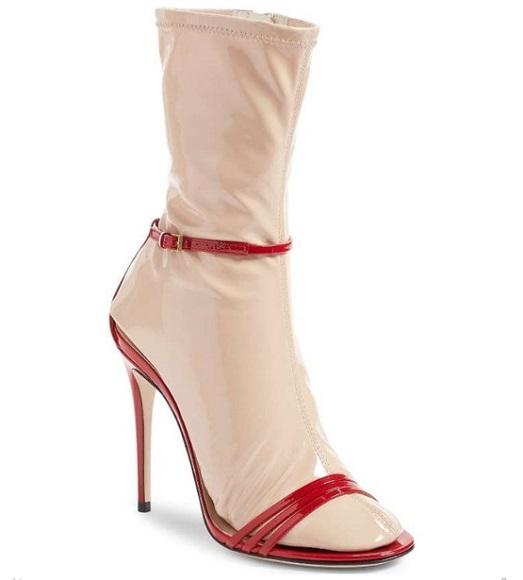 paraksena sandalia gucci