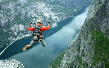 Τα 10 πιο επικίνδυνα μέρη για να κάνεις bungee jumping!