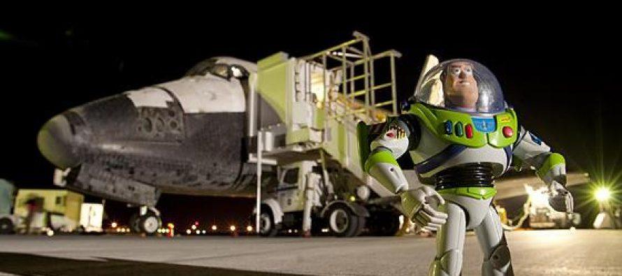 Τα 10 πιο περίεργα αντικείμενα που έχουν σταλεί στο διάστημα!