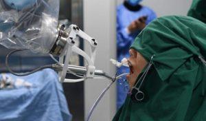 Κινέζικο ρομπότ οδοντίατρος έκανε την πρώτη του επέμβαση!