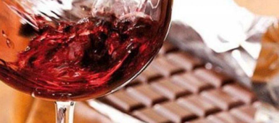 Σοκολάτα και κόκκινο κρασί: Οι σύμμαχοί σου ενάντια στη γήρανση!