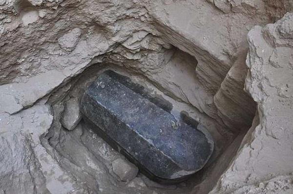 sarkofagos alexandria 2018