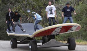 Ρεκόρ Guinness: 10,88 μέτρα το μεγαλύτερο skateboard!